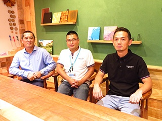 From left, Mr. Ryuichi Toga, Manager, Mr. Masamichi Nomura, Chief leader, and Mr. Keiji Tomari in charge of print operation